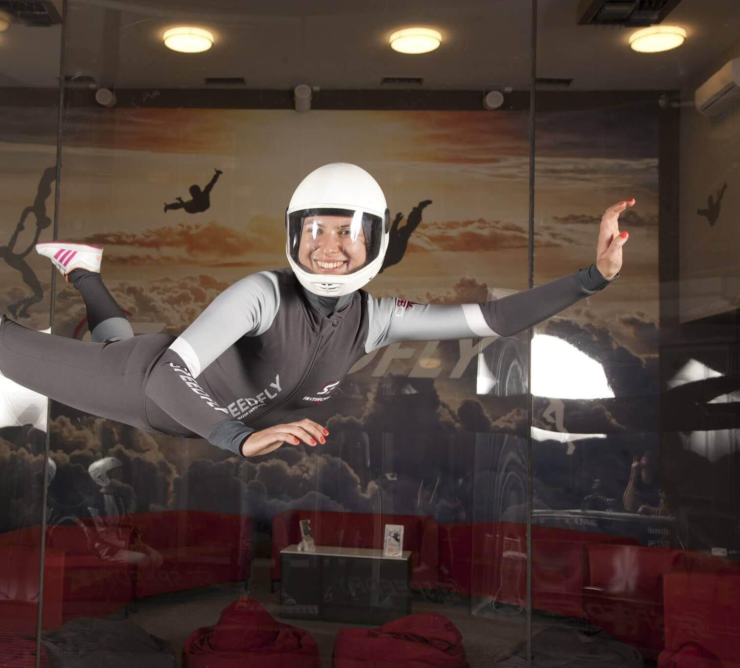 Co to jest indoor skydiving? | Tunel Aerodynamiczny SpeedFly